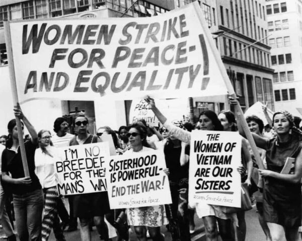 Women's Strike for Peace And Equality in 1970. Eugene Gordon / The New York Historical Society / Getty Images.
