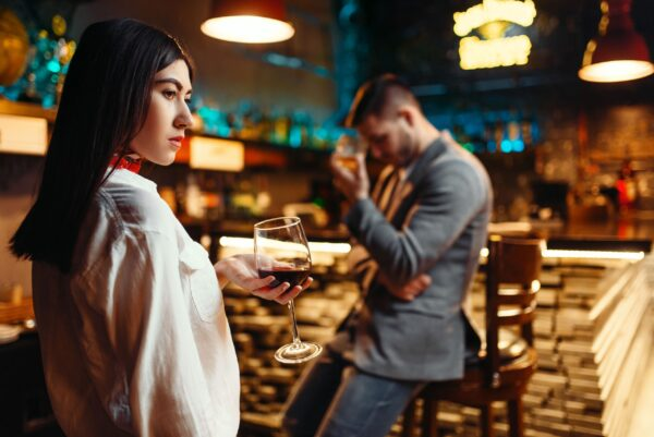 First Date Deal Breakers - 10 things you must not do!